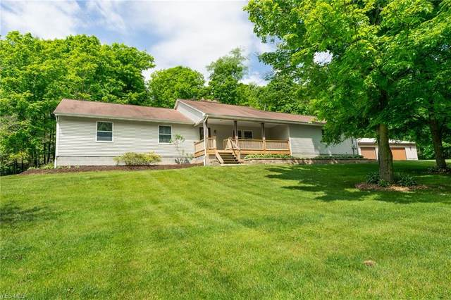 6651 Carbon Hill Road, East Palestine, OH 44413 (MLS #4175467) :: Keller Williams Chervenic Realty