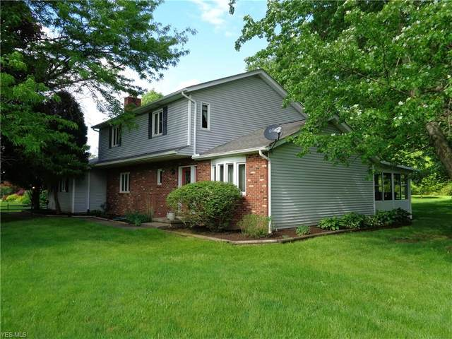 13871 Watt Road, Russell Township, OH 44072 (MLS #4175816) :: The Holly Ritchie Team