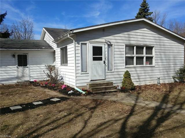 4636 Osborn Road, Garfield Heights, OH 44128 (MLS #4246828) :: The Holden Agency