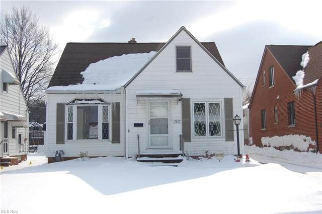 2827 Brookdale Avenue, Parma, OH 44134 (MLS #4256293) :: The Holden Agency