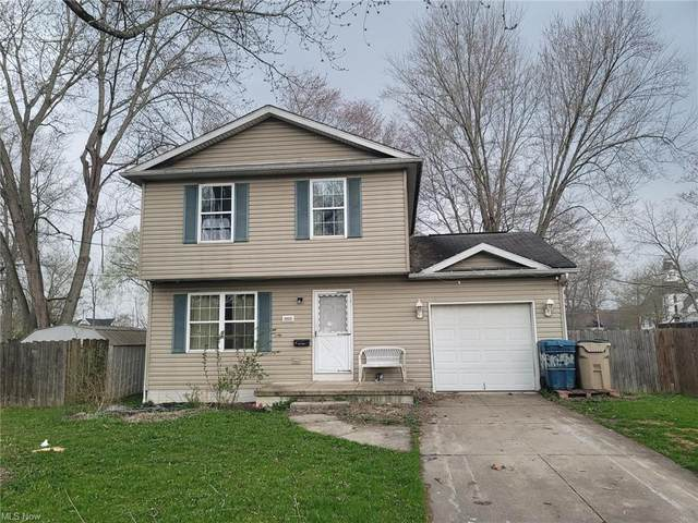 9009 Oak Court, Windham, OH 44288 (MLS #4260546) :: The Kaszyca Team