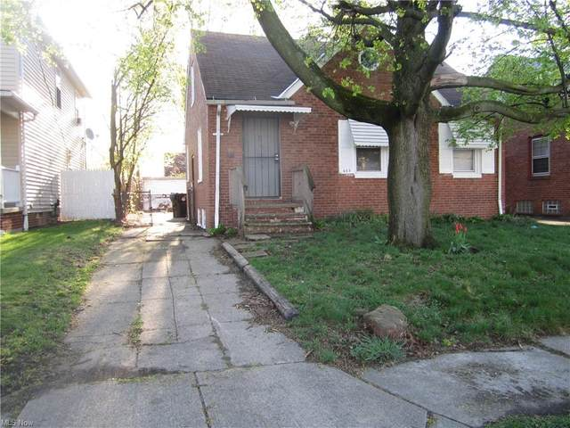 605 E 118th Street, Cleveland, OH 44108 (MLS #4269294) :: Keller Williams Chervenic Realty