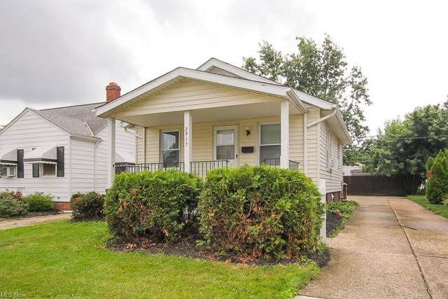 2915 Commonwealth Drive, Parma, OH 44134 (MLS #4299911) :: Simply Better Realty