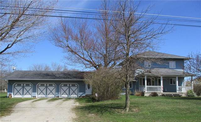 3777 Sheffield Monroe Road, Kingsville, OH 44048 (MLS #4130176) :: Tammy Grogan and Associates at Cutler Real Estate