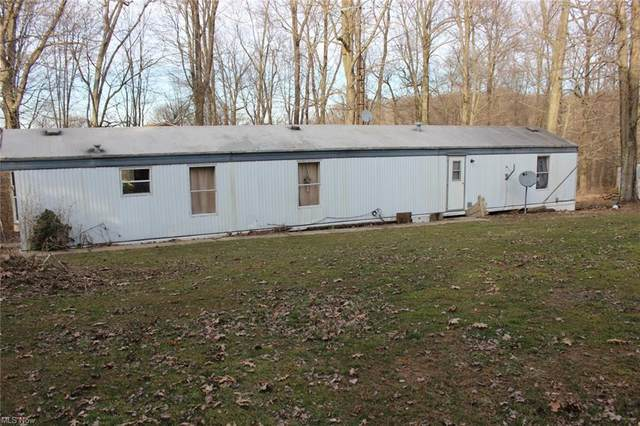 25878 Quaker Church Road, East Rochester, OH 44625 (MLS #4257148) :: The Holden Agency