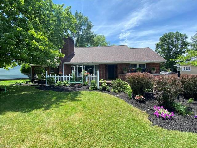 14185 Shawnee Trail, Middleburg Heights, OH 44130 (MLS #4285346) :: The Tracy Jones Team