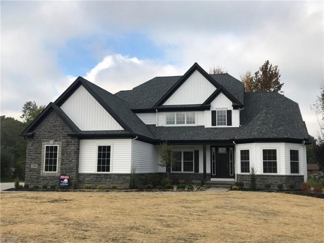 2518 Maple Hill Rd, Willoughby Hills, OH 44094 (MLS #3953336) :: The Crockett Team, Howard Hanna