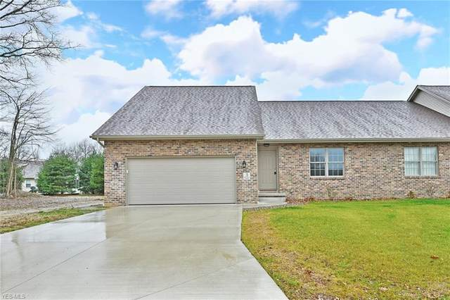 3 Bayview Circle, Cortland, OH 44410 (MLS #4105609) :: RE/MAX Edge Realty