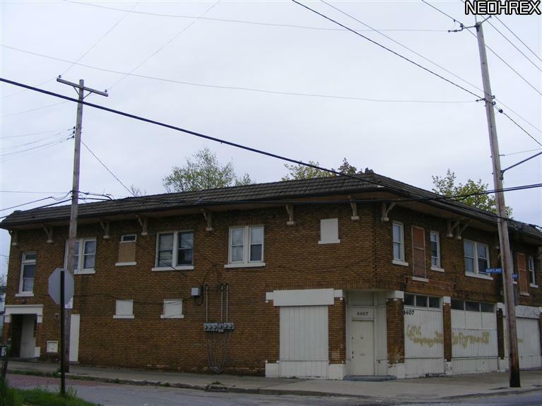 4407 Warner Rd, Cleveland, OH 44105 (MLS #3313707) :: The Crockett Team, Howard Hanna
