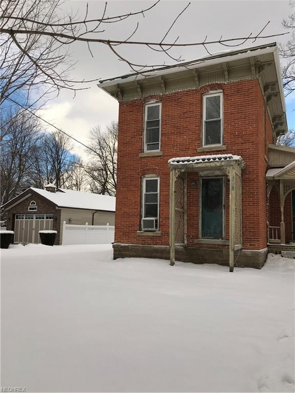 36 Union St, Madison, OH 44057 (MLS #3971872) :: The Crockett Team, Howard Hanna