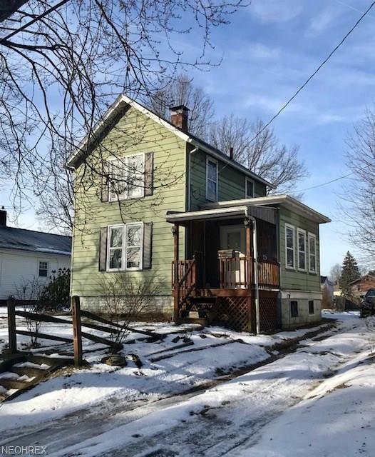 915 Morris Ave, Salem, OH 44460 (MLS #3973002) :: Tammy Grogan and Associates at Cutler Real Estate