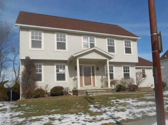16305 Kollin Ave, Cleveland, OH 44128 (MLS #3974192) :: The Crockett Team, Howard Hanna