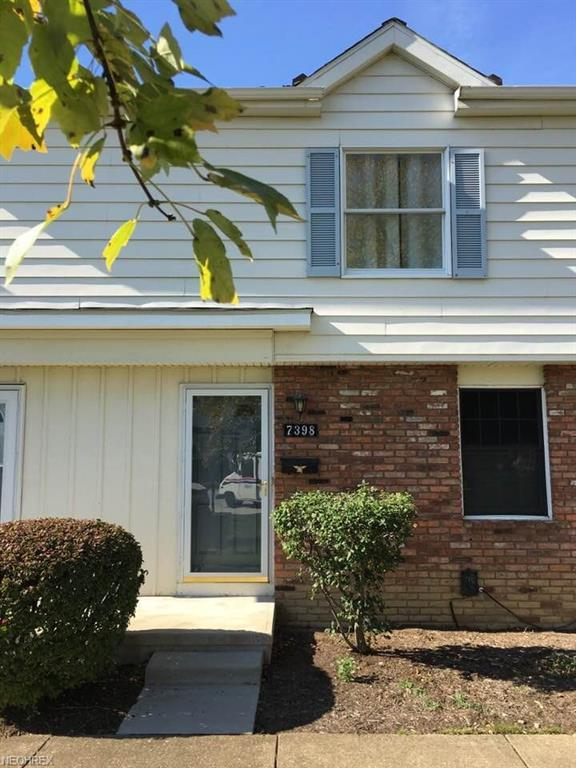 7398 Abby Ct L-23, Mentor, OH 44060 (MLS #3975125) :: The Crockett Team, Howard Hanna