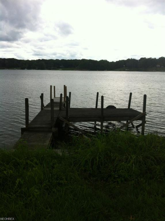 Mahoning Ave, Lake Milton, OH 44429 (MLS #3975568) :: RE/MAX Valley Real Estate