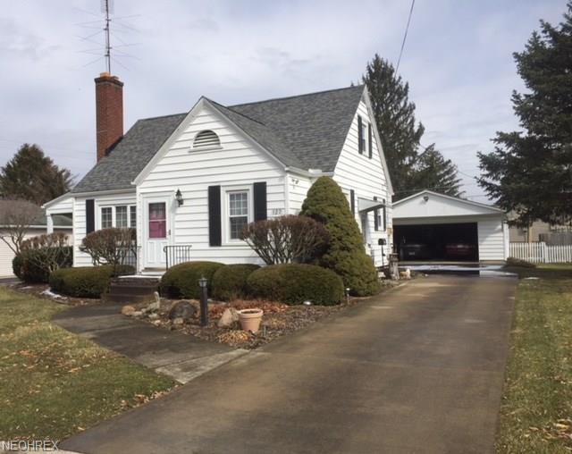 127 Sloan Ave, Ashland, OH 44805 (MLS #3981514) :: Keller Williams Chervenic Realty