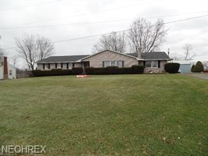 156 Reichart Ave, Wintersville, OH 43953 (MLS #3983651) :: Keller Williams Chervenic Realty