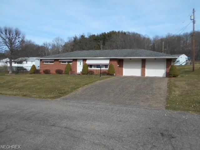 1886 Winding Dr, Coshocton, OH 43812 (MLS #3983778) :: The Crockett Team, Howard Hanna