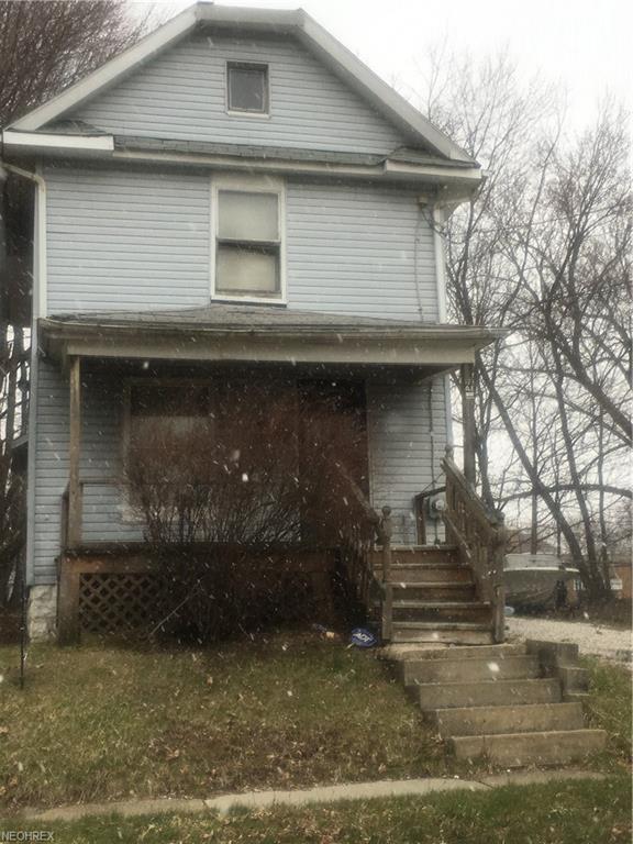 465 Lucy St, Akron, OH 44306 (MLS #3984731) :: The Crockett Team, Howard Hanna