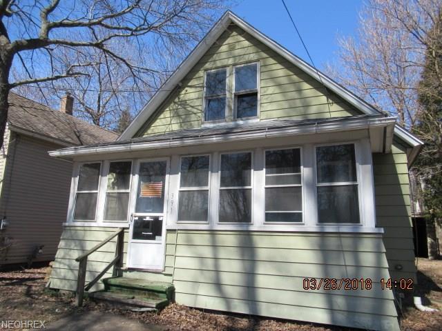 391 E Voris St, Akron, OH 44311 (MLS #3986525) :: The Crockett Team, Howard Hanna