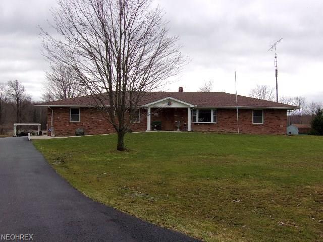 6030 Leon Rd, Andover, OH 44003 (MLS #3987183) :: Keller Williams Chervenic Realty