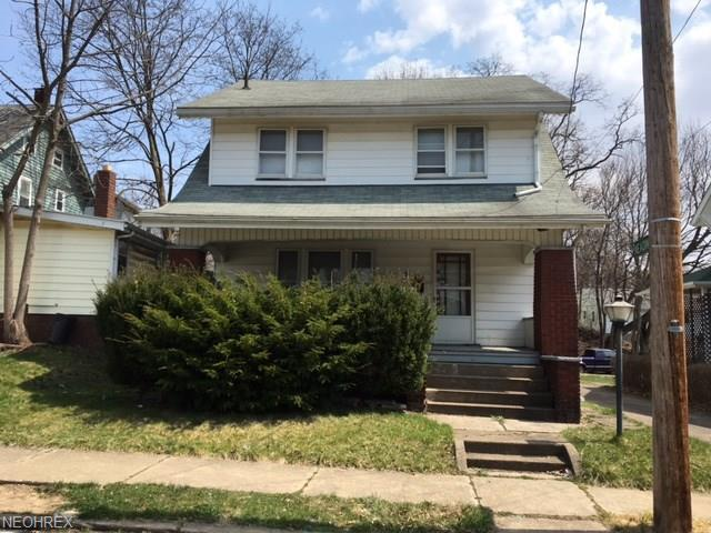 1436 Homer Ave NW, Canton, OH 44703 (MLS #3988502) :: Keller Williams Chervenic Realty