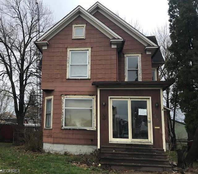 165 W Oregon Ave, Sebring, OH 44672 (MLS #3990018) :: Keller Williams Chervenic Realty