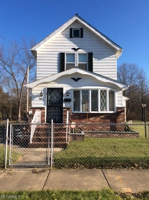 1051 Wood Ave SW, Warren, OH 44485 (MLS #3990630) :: RE/MAX Valley Real Estate