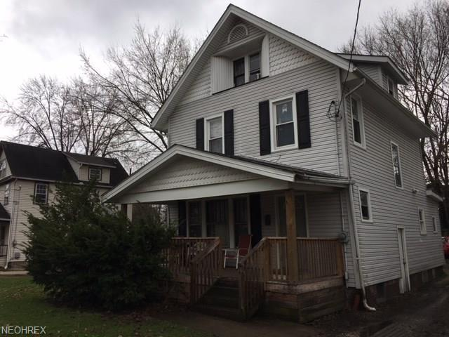 228 Oakdale Ave, Akron, OH 44302 (MLS #3990682) :: RE/MAX Edge Realty