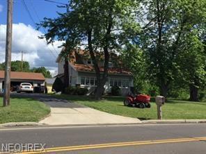668 Akron Rd, Wadsworth, OH 44281 (MLS #3990887) :: Keller Williams Chervenic Realty