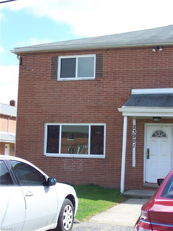 23901 Banbury Cir #10, Warrensville Heights, OH 44128 (MLS #3991309) :: RE/MAX Trends Realty