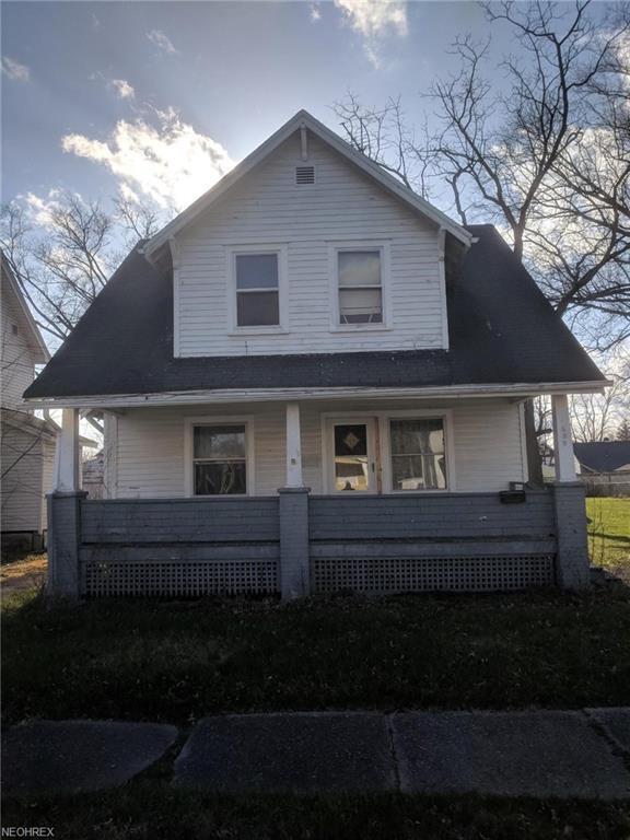 625 Dickey Ave NW, Warren, OH 44485 (MLS #3991387) :: PERNUS & DRENIK Team