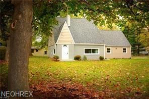437 Newton St, Tallmadge, OH 44278 (MLS #3995241) :: RE/MAX Trends Realty