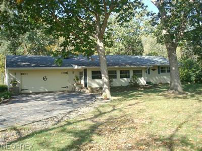 427 W Catawba Rd, Port Clinton, OH 43452 (MLS #3996816) :: PERNUS & DRENIK Team