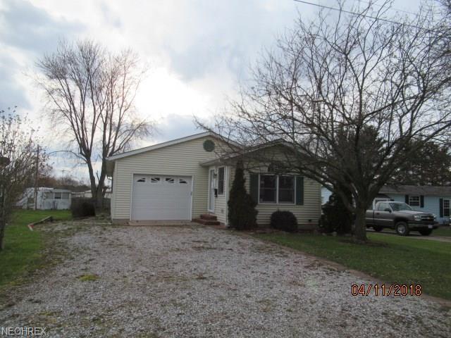 109 Ohio, Lodi, OH 44254 (MLS #3997708) :: The Crockett Team, Howard Hanna