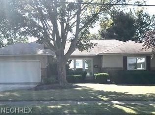 2630 Jameston Dr, Rocky River, OH 44116 (MLS #3998254) :: The Trivisonno Real Estate Team