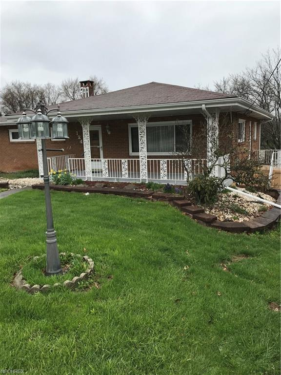 124 Beverly Ln, Steubenville, OH 43953 (MLS #3998431) :: Tammy Grogan and Associates at Cutler Real Estate