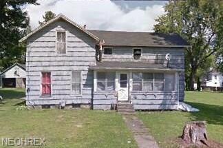 150 Hickory St, Andover, OH 44003 (MLS #3999835) :: The Crockett Team, Howard Hanna