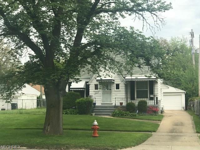 4011 E 147th St, Cleveland, OH 44128 (MLS #3999993) :: The Crockett Team, Howard Hanna