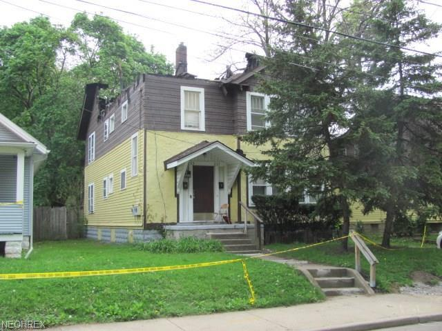 235-237 Madison Ave, Akron, OH 44320 (MLS #4000063) :: The Crockett Team, Howard Hanna