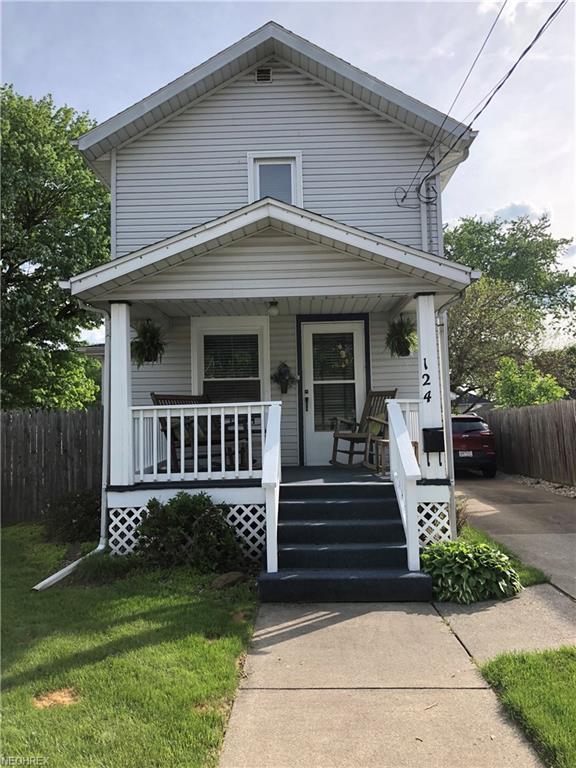 124 S Johnson Ave, Dover, OH 44622 (MLS #4000182) :: PERNUS & DRENIK Team