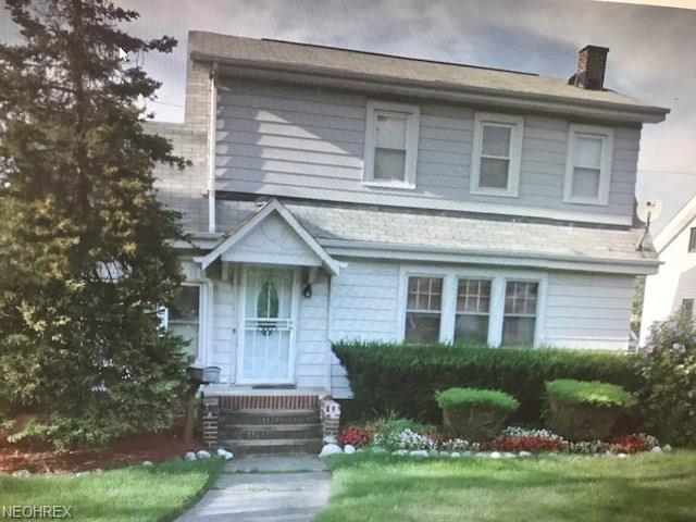 13603 Alvin Ave, Garfield Heights, OH 44105 (MLS #4000533) :: The Crockett Team, Howard Hanna