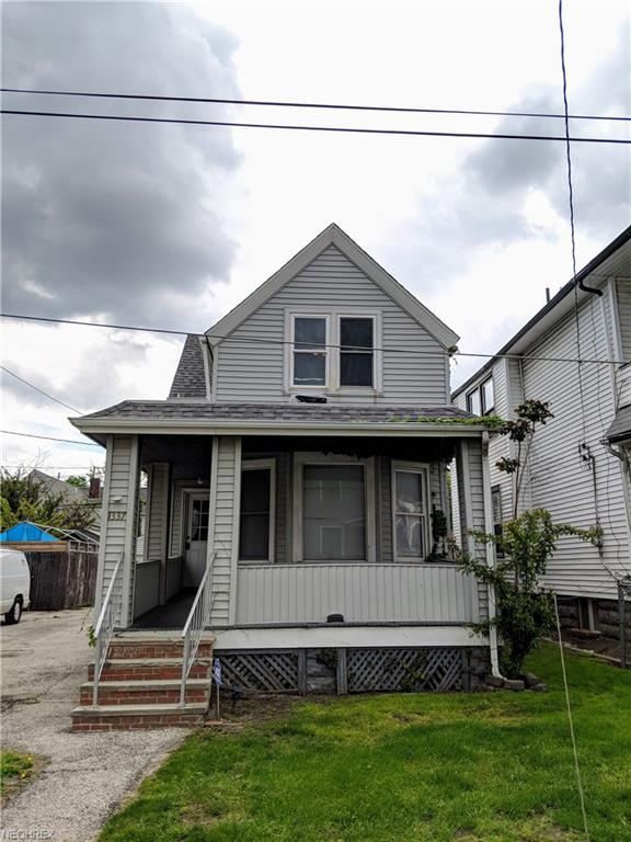1337 W 78th St, Cleveland, OH 44102 (MLS #4000857) :: The Trivisonno Real Estate Team