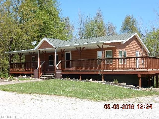 29461 Chestnut Ridge Rd, Danville, OH 43014 (MLS #4000992) :: The Crockett Team, Howard Hanna