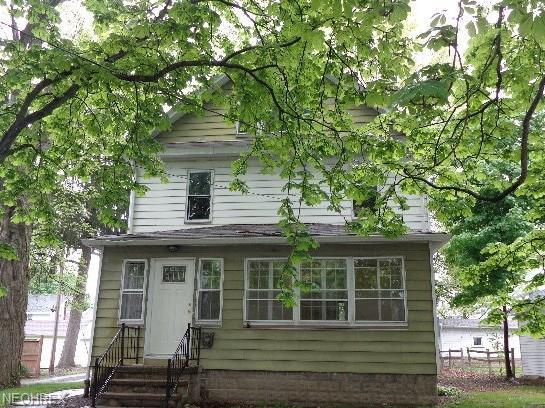 911 W Church St, Orrville, OH 44667 (MLS #4001750) :: Tammy Grogan and Associates at Cutler Real Estate