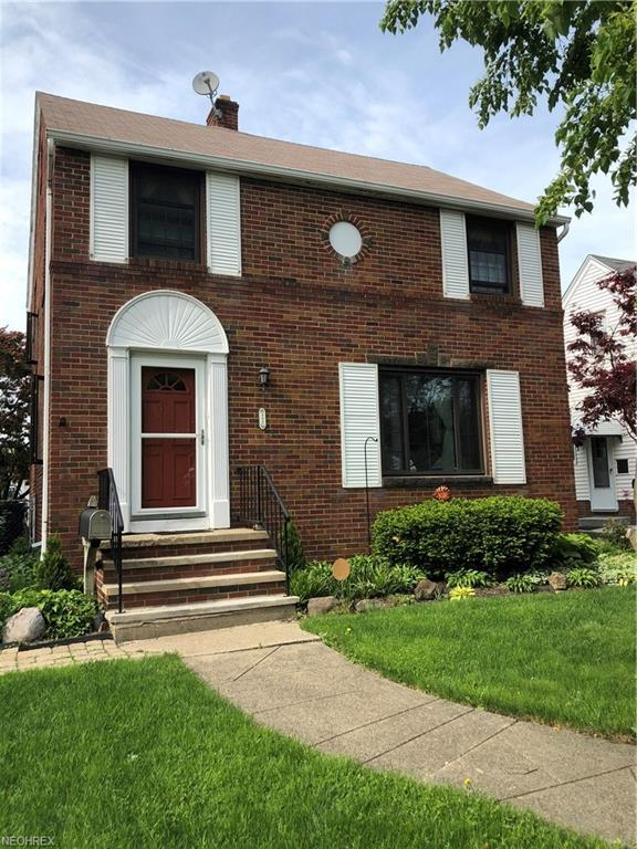 2220 Schell Ave, Cleveland, OH 44109 (MLS #4002587) :: The Crockett Team, Howard Hanna
