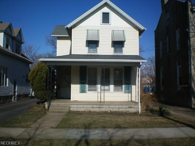 316 Lawrence St, Sandusky, OH 44870 (MLS #4004006) :: RE/MAX Trends Realty