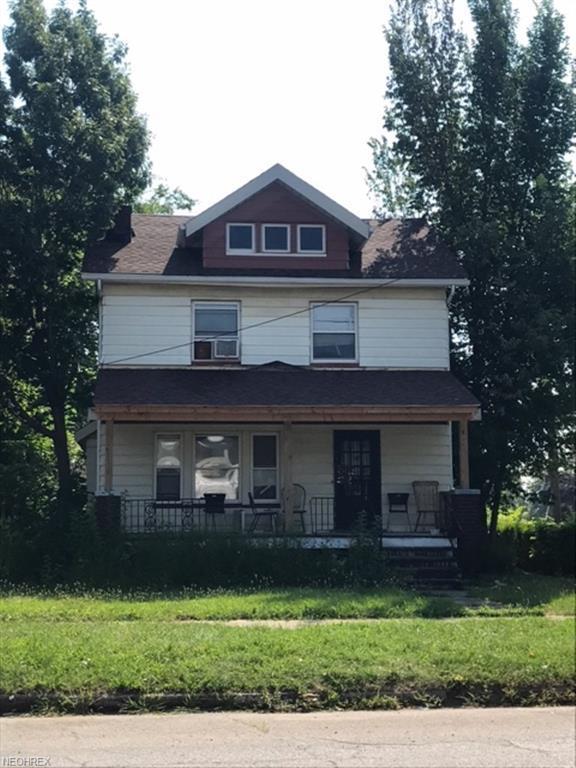 3587 Bosworth Rd, Cleveland, OH 44111 (MLS #4004388) :: The Crockett Team, Howard Hanna