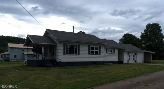 14045 East Gate Ave, Newcomerstown, OH 43832 (MLS #4005640) :: Tammy Grogan and Associates at Cutler Real Estate