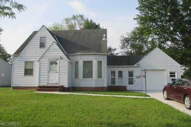 19914 Marvin Rd, Cleveland, OH 44128 (MLS #4006973) :: The Crockett Team, Howard Hanna