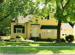 991 W Green Rd, South Euclid, OH 44121 (MLS #4007890) :: The Crockett Team, Howard Hanna